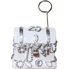 Skrinja z zakladom za srebrno poroko - držalo za sliko