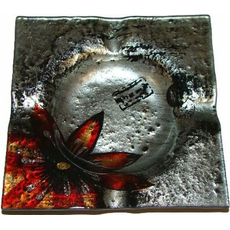 Steklen pepelnik, kvadraten, 11x11cm