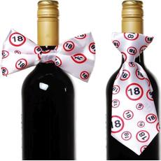 """Dekoracija za steklenico metuljček/kravata s prometnimi znaki, """"18"""""""