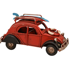 {[sl]:Avto Spaček rdeč z jadralno desko in rešilnim obročem dekoracija kovina 11.3x